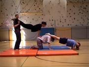 Balancieren klettern Drehen: Unterrichtseinheit Akrobatik